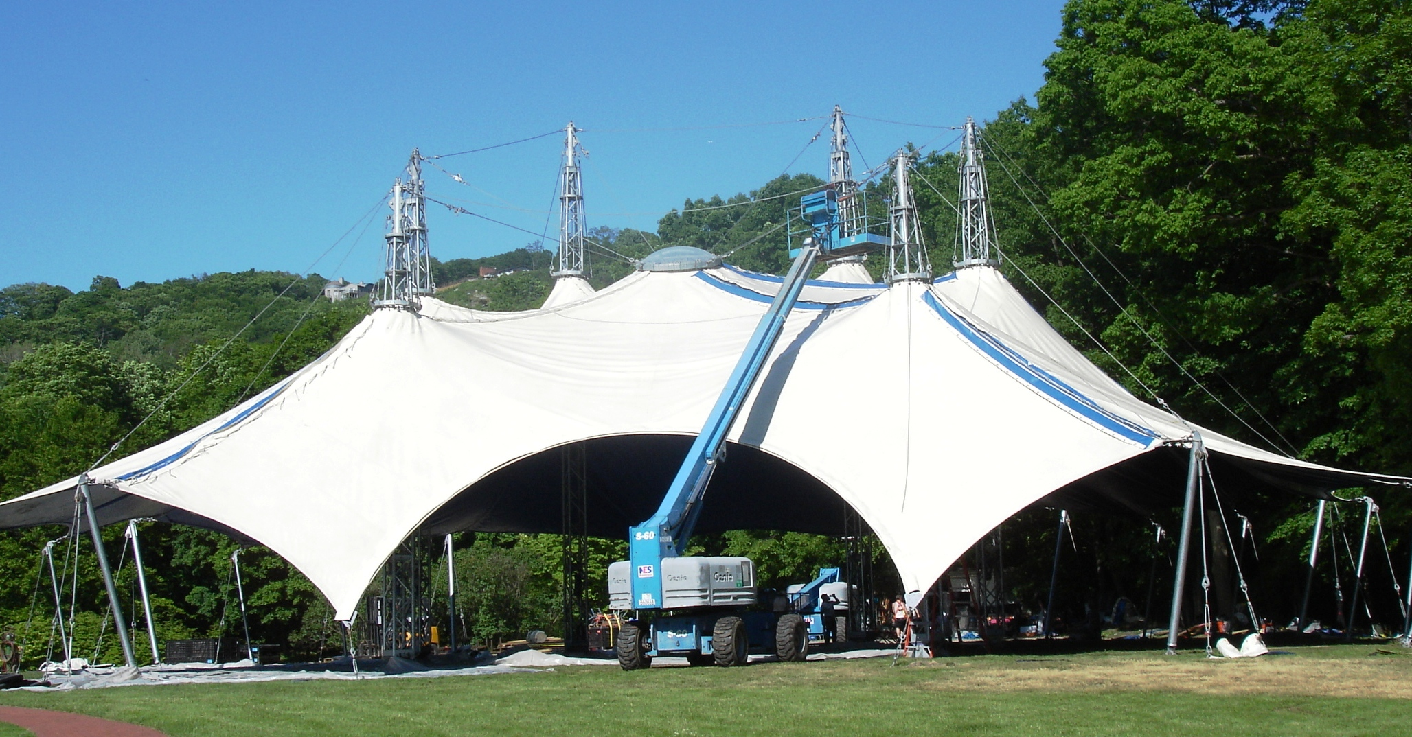 HVSF ... & Tent Goes Up for Hudson Valley Shakespeare Fest | Highlands Current