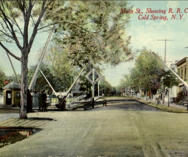 main-street-crossing-1913