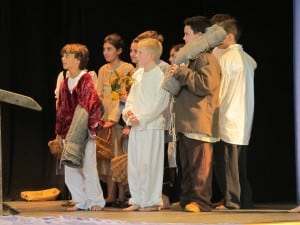 Garrison School's sixth-grade students in 'The Crown of Ivy' on Feb. 1 (Photo courtesy of Garrison School)