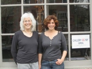JaneSoodalter,left,andCindyBoothoutsideofGallery66(photobyA.Rooney)