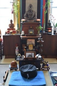 The altar in the Peace Mountain Buddhist Hermitage