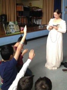 LisaDiMarzo,Boscobel'sMuseumEducator,presentsBoscobel'sin-schoolprogramtostudents.