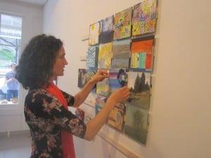 "ArtistBettinaUtzaddshercontributiontothe""mosaic""assemblageatGarrisonArtCenterpriortothemini-benefitlastweek."
