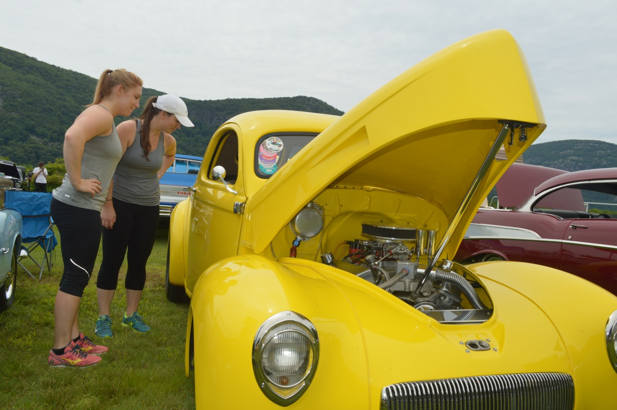Willys car show