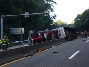 truck overturn route 9
