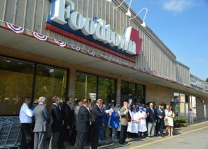 Foodtown Ribbon Cutting