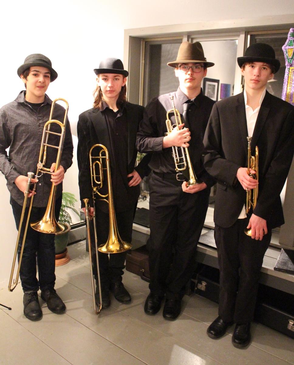 Black Dog Brass 1