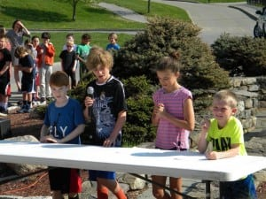 Fourth-grade students introduce a new recycling plan (photo provided)