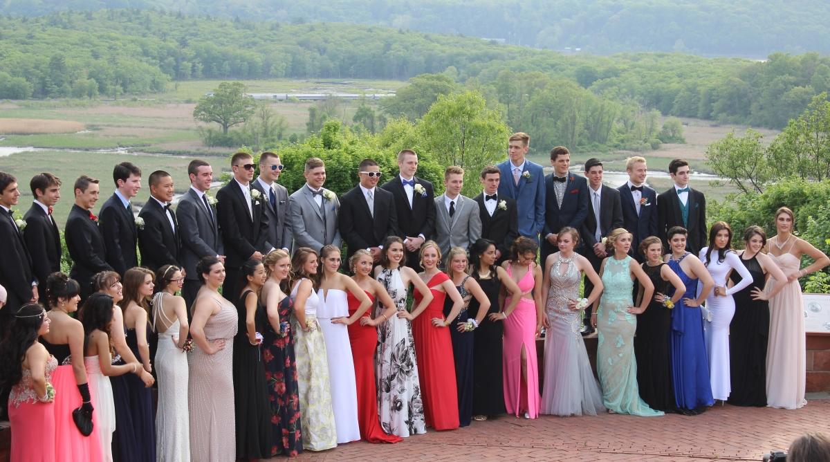 Prom 2015 Big Group Photo 1