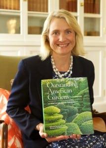 "JennyduPontwithTheGardenConservancy'snewbook,""OutstandingAmericanGardens""(imagecourtesyofHamburgCommunications)"