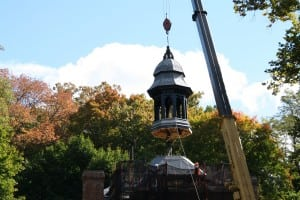 The cupola is lowered into place (Photo by Jason Taylor/Scenic Hudson)
