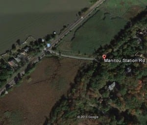 A Google Earth view of Manitou Station Road where it approaches the Metro North tracks (Map data ©2015 Google)