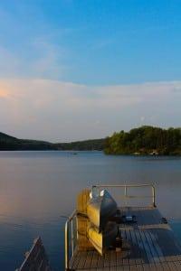ThendaraMountainClub'scanoedock,LakeTiorati,HarrimanStatePark. (Photo by A. Peltonen)
