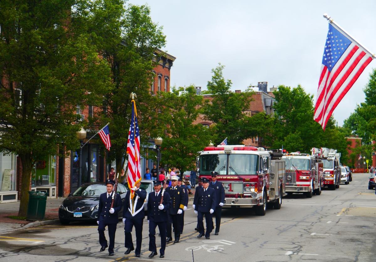 Beacon Memorial Day 2016