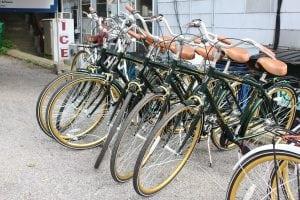 EdCurrelleyrentsthree-speedKentbikes(photobyAnitaPeltonen)