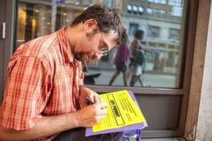 FillingoutJoyPermitsduringtheDemocraticNationalconvention.(PhotobyAmileClarkWilson)
