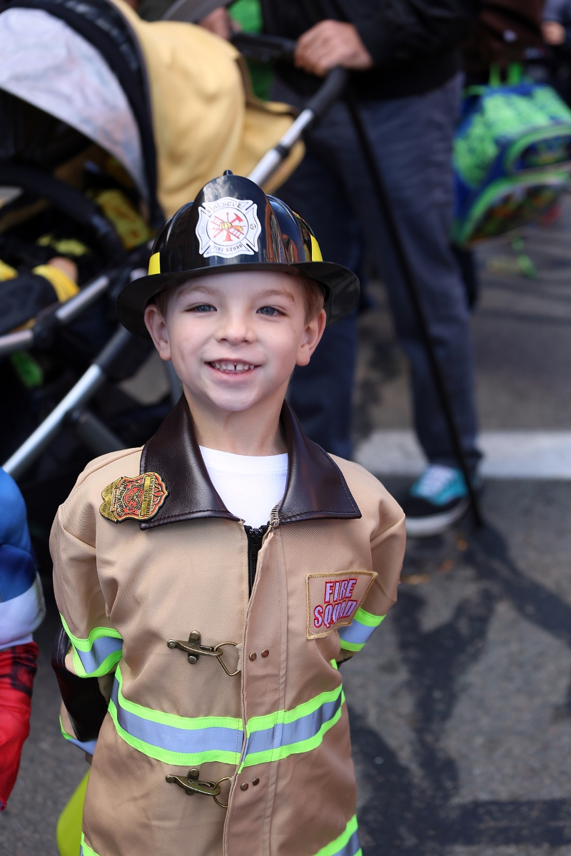 beacon-costume-parade1043