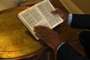 PastorDavidBassformedthenon-denominationalShieldofFaithin2016.ItrecentlyjoinedwithThePeakCommunityChurch.(PhotbyM.A.Ebner)