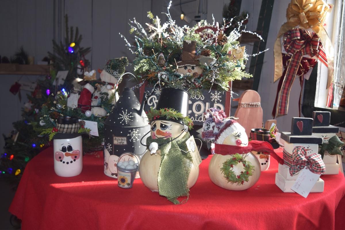 christmas tree gift shop