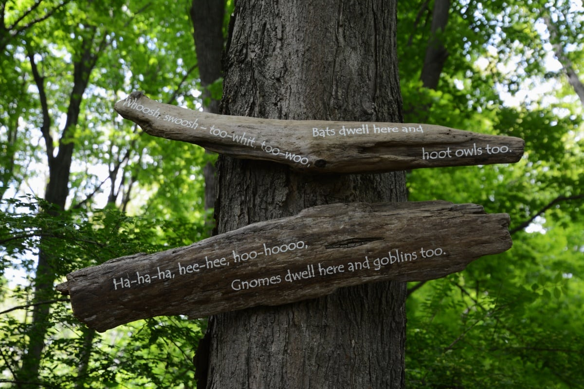 Nelsonville woods signs-4
