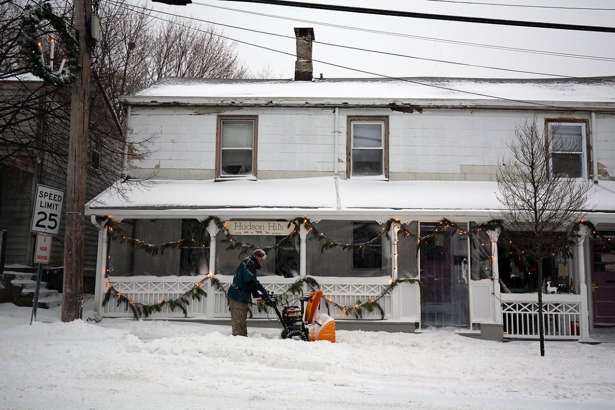 1-4-18 SNOWHL4A1691
