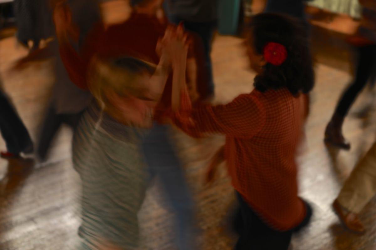 7S1A6302 square dance