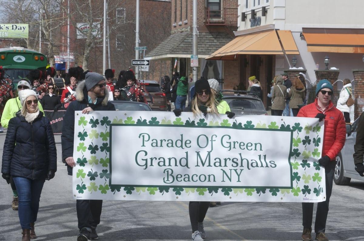 DSC_3274 parade of green beacon