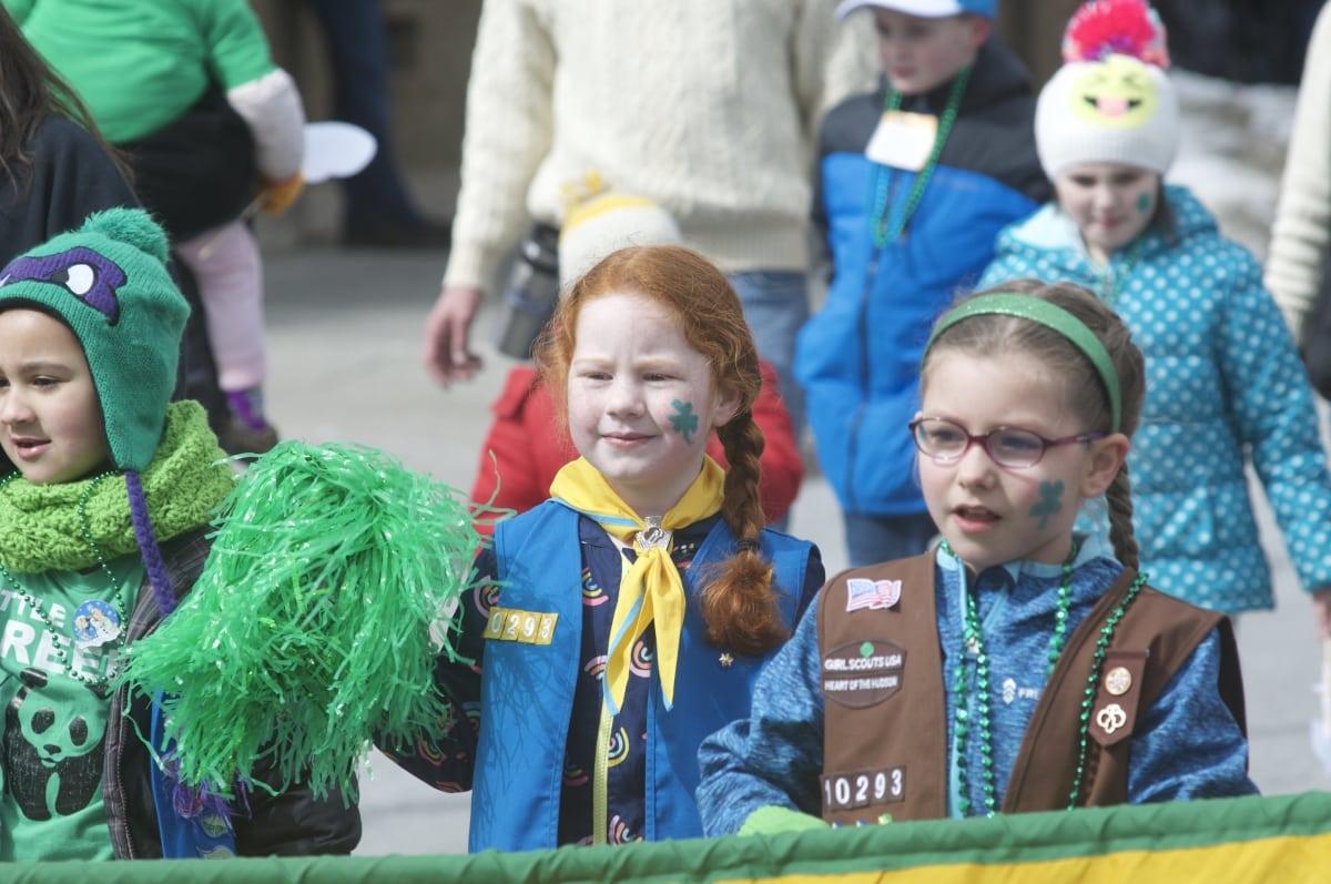 DSC_3314 parade of green beacon
