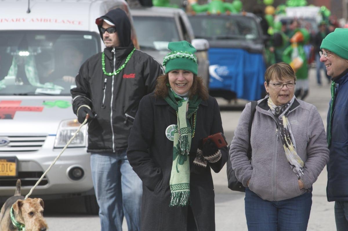 DSC_3317 parade of green beacon