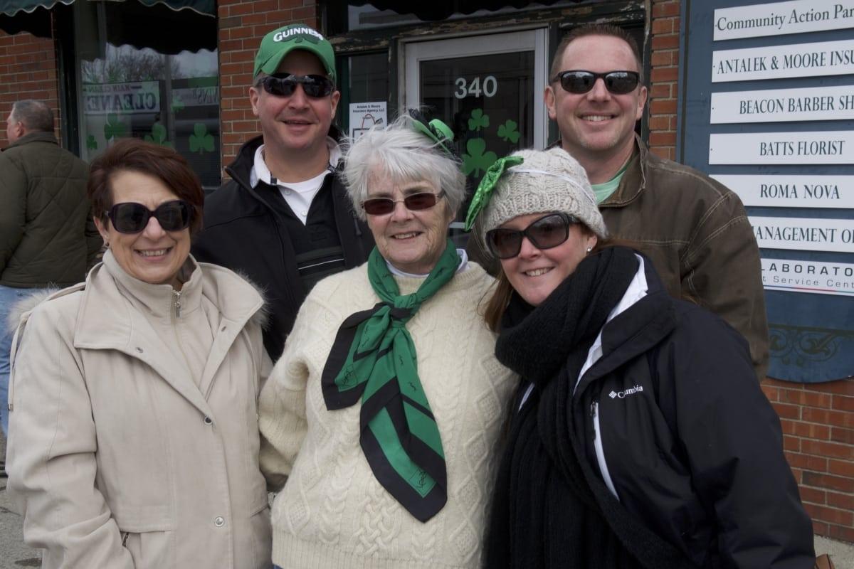DSC_9078 parade of green beacon