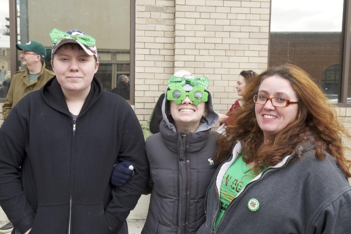 DSC_9091 parade of green beacon