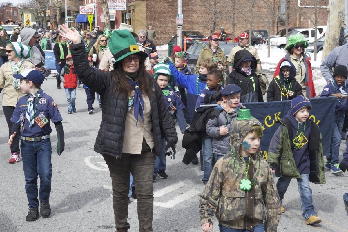 DSC_9149 parade of green beacon