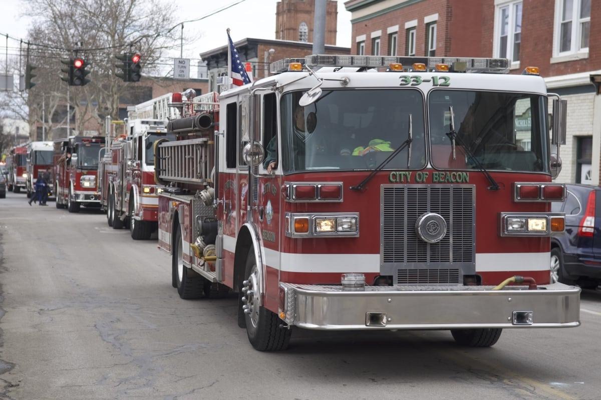 DSC_9169 parade of green beacon