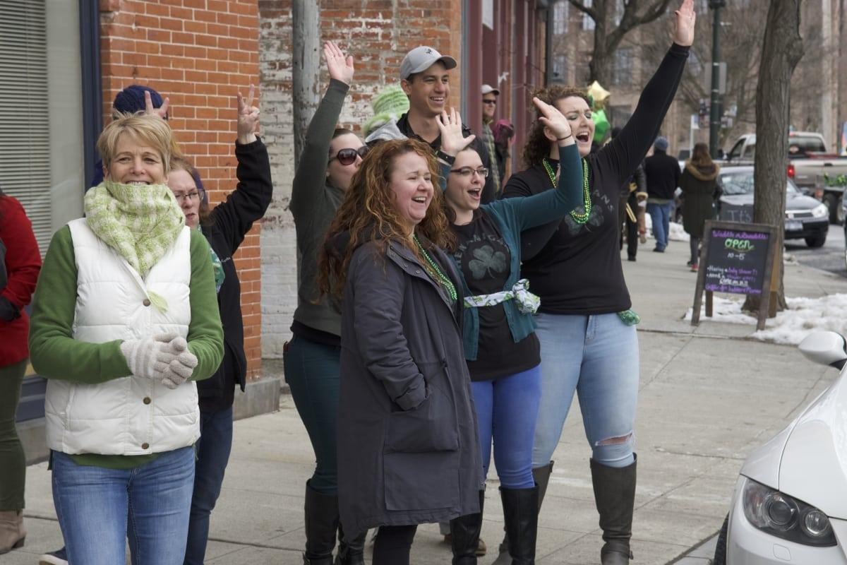 DSC_9181 parade of green beacon
