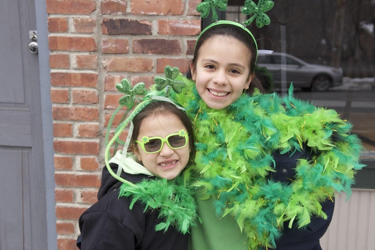 DSC_9184 parade of green beacon