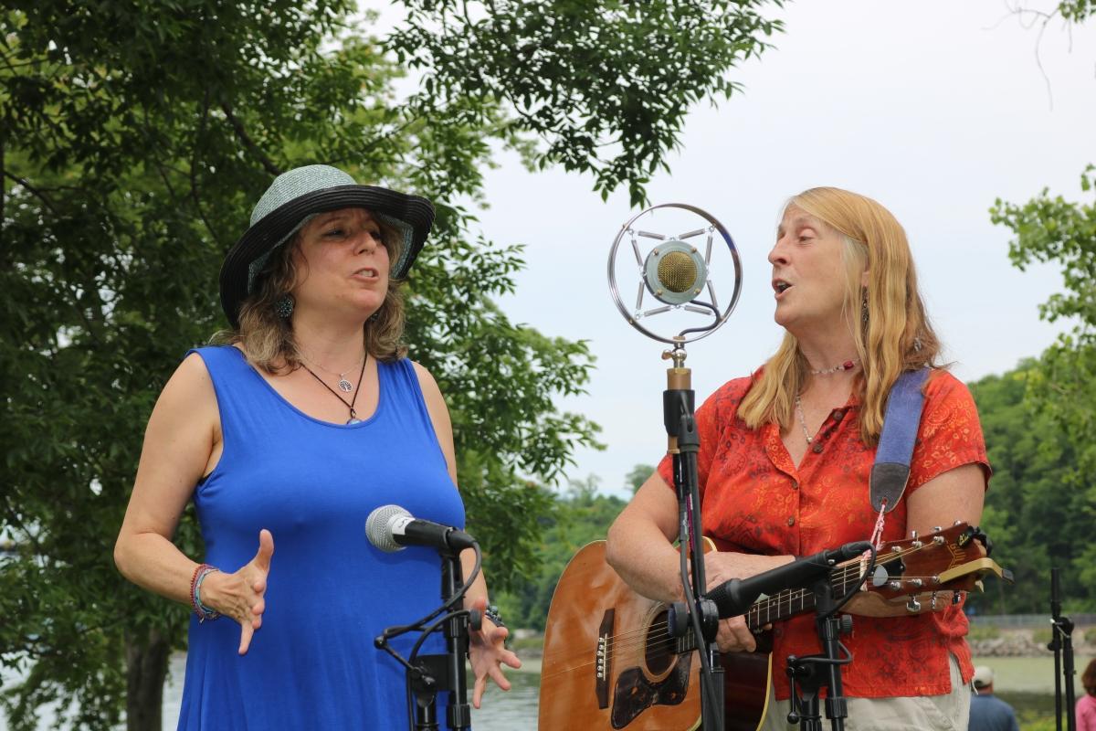 Folk Singers