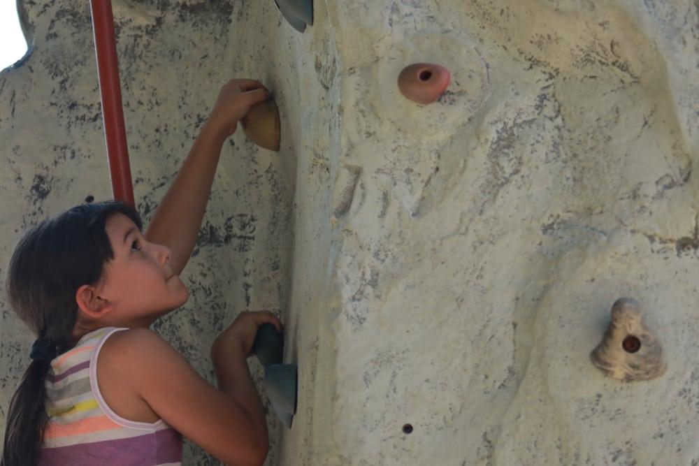 7T1A6545 rock climb