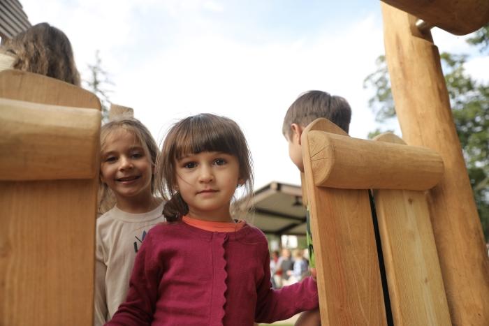 2J0A0678 – Garrison playground