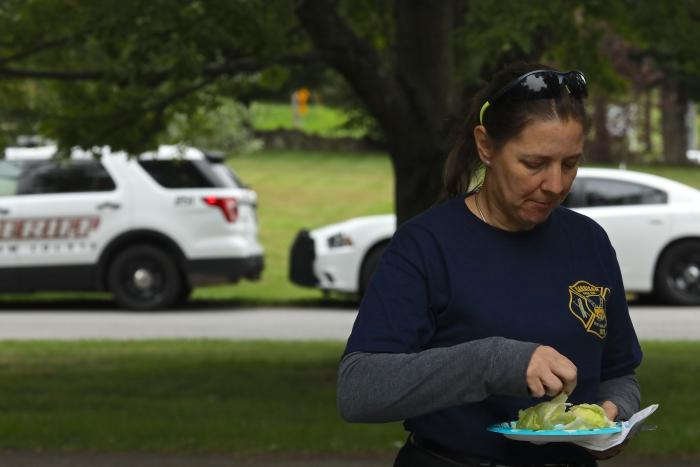 7U1A3893 – first responders picnic