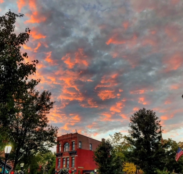 Pugsley_Susannah_Sunset-Main