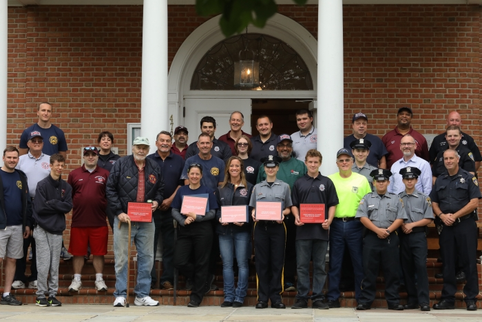 group photo – first responders picnic
