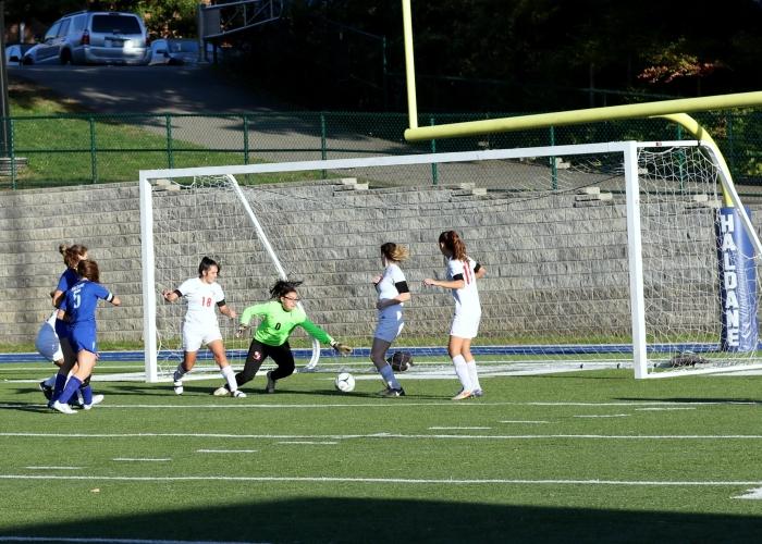 DQ8A5890 – haldane girls soccer – warren