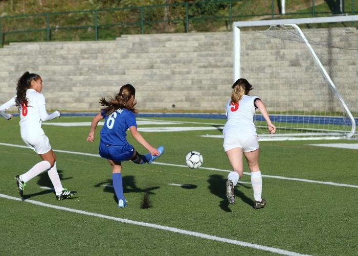 DQ8A6139 – haldane girls soccer – warren