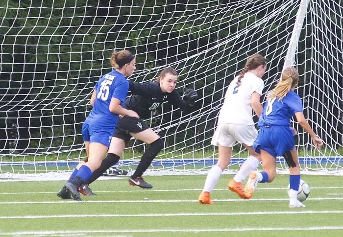 DSC_0149  haldane girls soccer