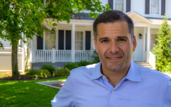 Gov. Candidate Raised in Beacon