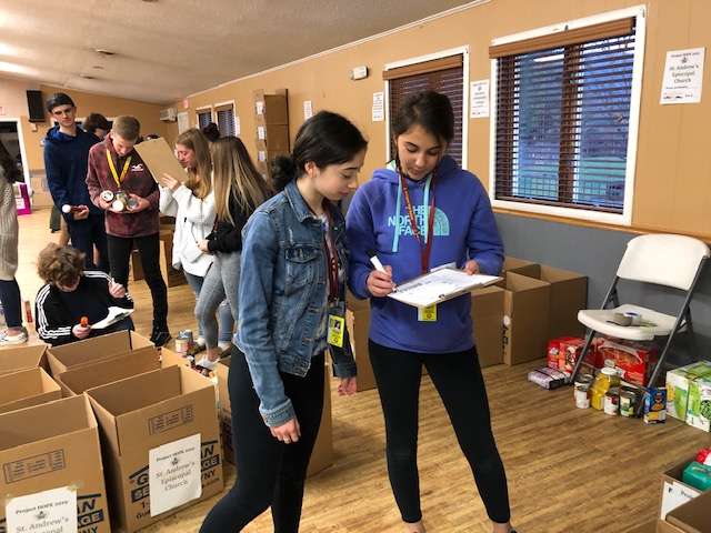 Project HOPE 2019 student volunteers Day I
