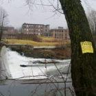 No trespassing signs at Fishkill Creek