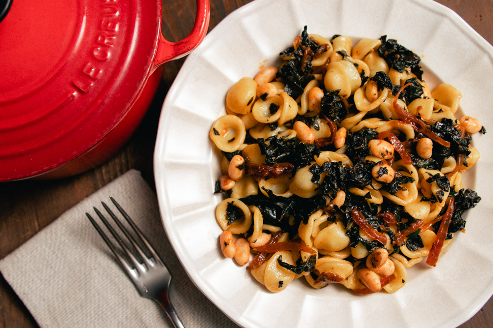 Caramelized Kale and Tomato with White Beans
