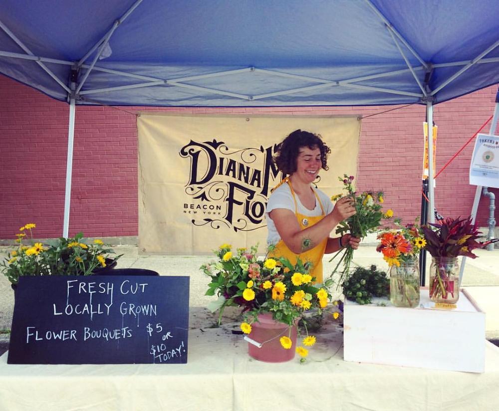 diana-mae-at-market