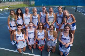 Haldane tennis team